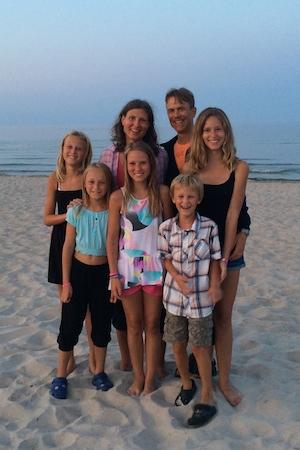 Hela familjen på Böda Sand